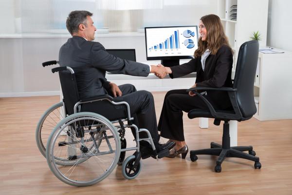 Пошук роботи: уряд створює платформу для допомоги людям з інвалідністю