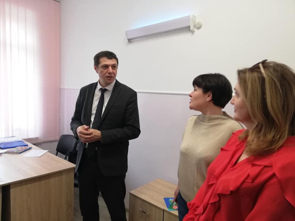 Новий оглядовий кабінет запрацював у Рівненському обласному фтизіопульмонологічному медичному центрі (ФОТО), фото-3