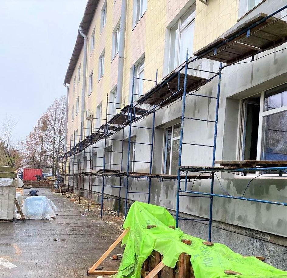 Оновлене приймальне відділення Сарненської ЦРЛ буде просторішим та потужнішим (ФОТО), фото-1
